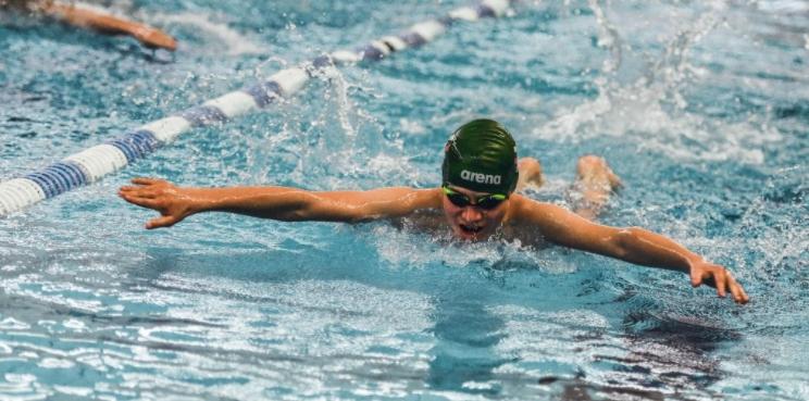Kaip plaukimas gali prisidėti prie jūsų vaiko sveikatos?