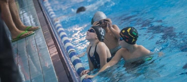 Plaukimas gali tapti smagiausiu jūsų vaiko hobiu!